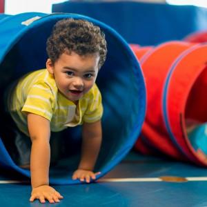 Trois façons pour les parents de favoriser le développement social positif