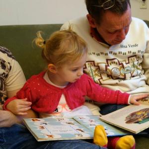 toddler_reading_childrenssupportsolutions_socialmedia